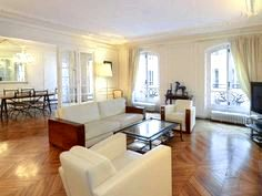 Delphine apartment — a holiday rental in seventh arrondissement, paris, france the touch