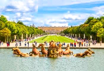 France tours & travel glass pyramid