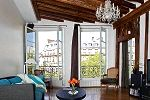 Luxurious, antique rental accommodation in the heart of Paris