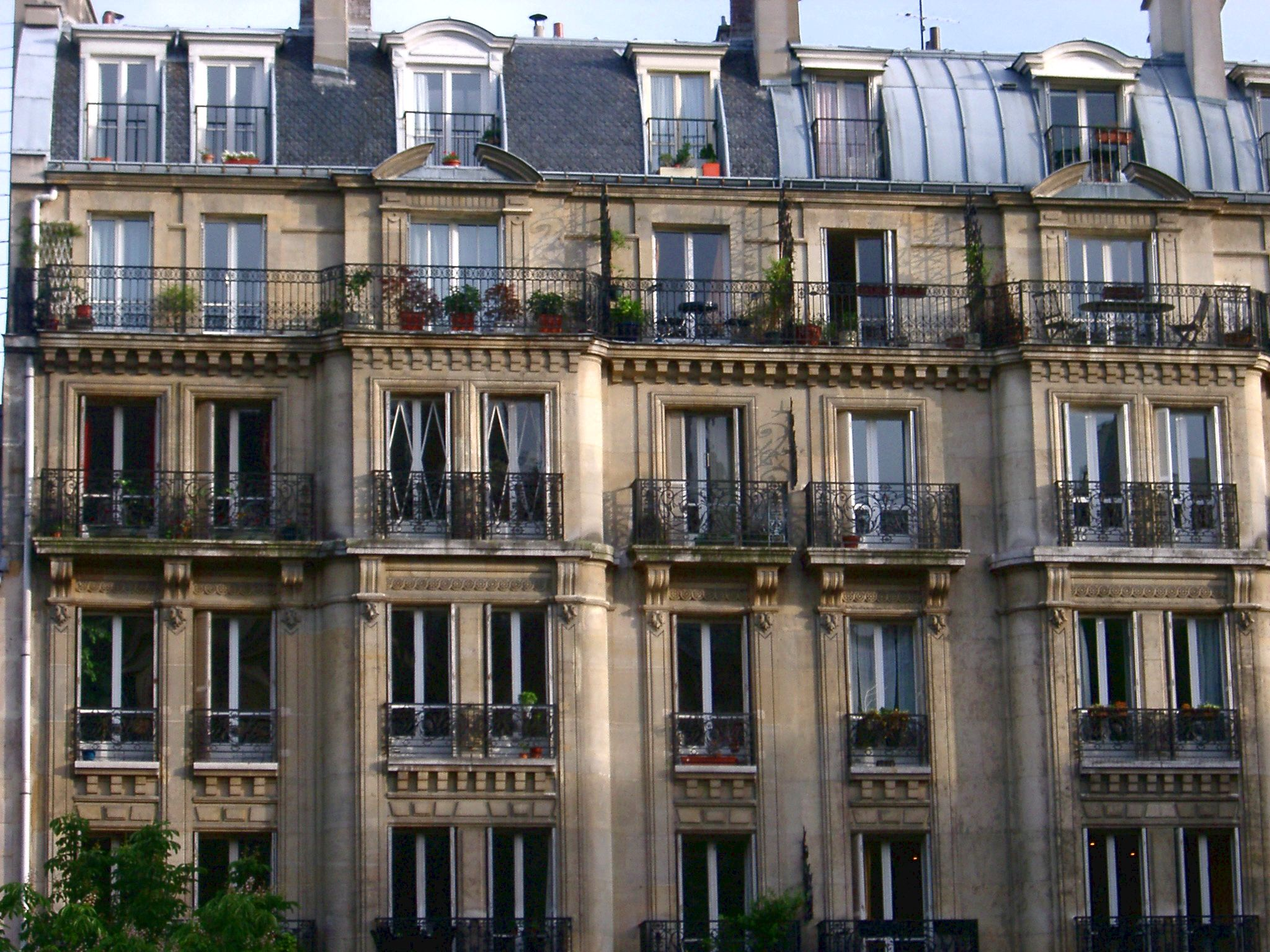 Paris apartments are within easy achieve