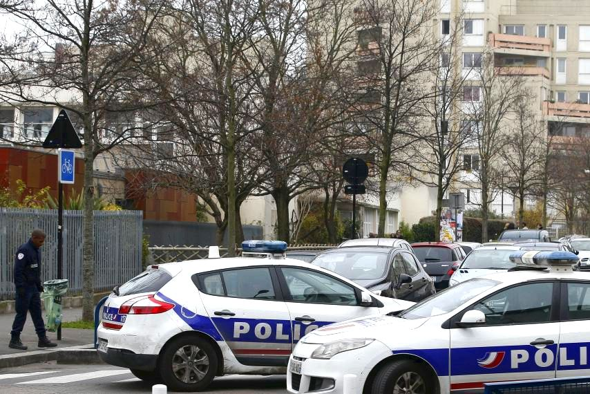 Paris teacher confesses to laying about islamist knife attack ISIS claimed responsibility for that